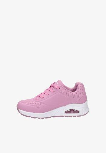 UNO - Trainers - roze