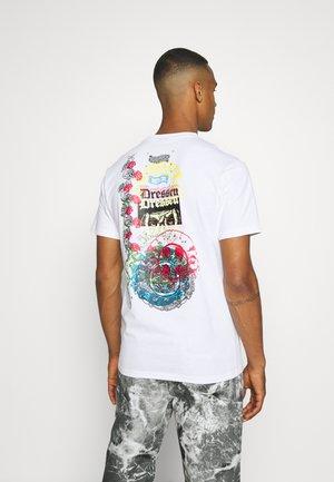 DRESSEN ARCHIVE UNISEX - T-shirt imprimé - white