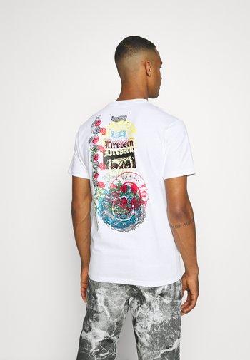 DRESSEN ARCHIVE UNISEX - Print T-shirt - white