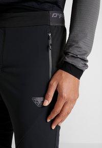 Dynafit - TRANSALPER PRO  - Outdoorové kalhoty - black out - 6