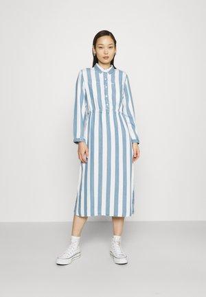 WORKER DRESS - Shirt dress - dawn blue