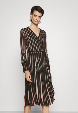 EDELINE - Robe longue - black/pale pink