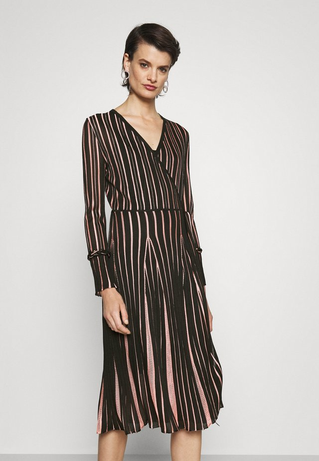 EDELINE - Długa sukienka - black/pale pink