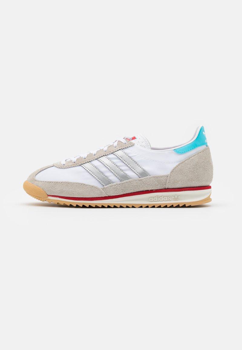 adidas Originals - SL 72 UNISEX - Zapatillas - footwear white/metallic silver/grey one