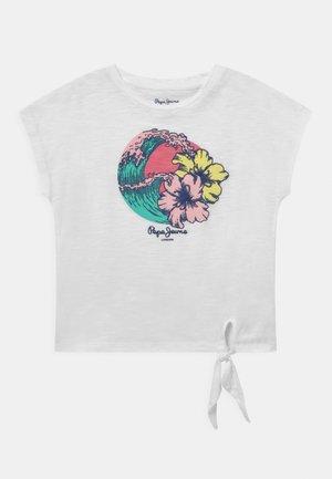 ALEXANDRA - Print T-shirt - optic white