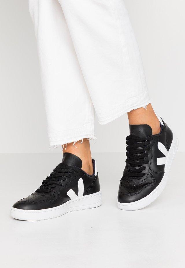V-10 - Sneakers laag - black/white