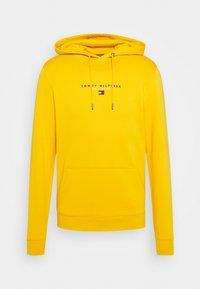 ESSENTIAL HOODY - Felpa con cappuccio - courtside yellow