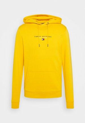 ESSENTIAL HOODY - Hoodie - courtside yellow
