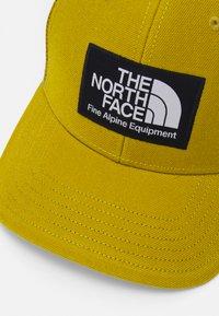 The North Face - DEEP FIT MUDDER TRUCKER UNISEX - Cap - matcha green - 4