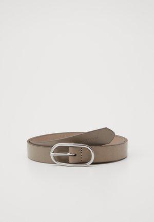 Belt - swedish pine