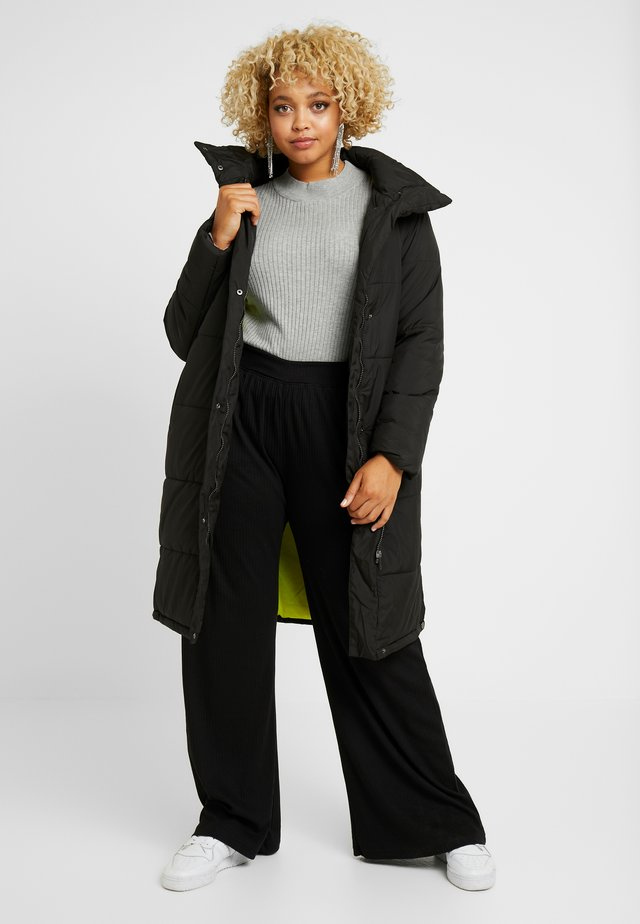 LONG PUFFER COAT WITH CONTRAST LINING - Zimní kabát - black