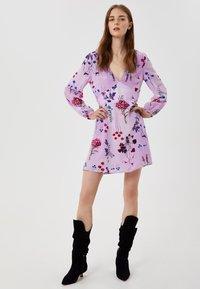 LIU JO - Sukienka letnia - violet - 1