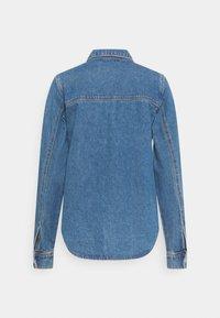 Carin Wester - KAREN - Overhemdblouse - denim blue - 1