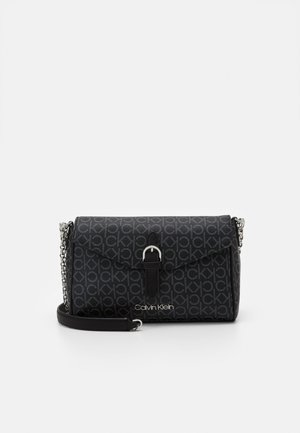 FLAP CROSSBODY - Torba na ramię - black