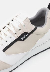 HUGO - ICELIN - Zapatillas - open white - 5