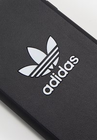 adidas Originals - UNISEX - Phone case - black/white - 3