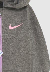 Nike Sportswear - STRIPE BODYSUIT SET - Body - violet star - 3