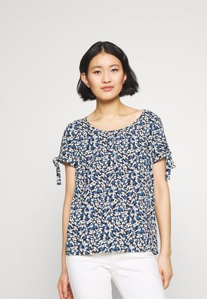 BLOUSE WITH PLEATS - Blouse - water blue