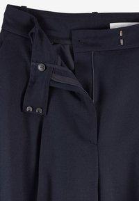BOSS - TAYAMANA - Trousers - open blue - 4