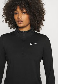 Nike Performance - ELEMENT - Maglietta a manica lunga - black/reflective silver - 3