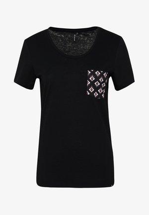 ISLAND POCKET TEE - Pyjama top - black