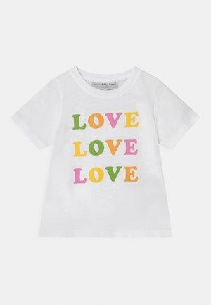 LOVE LOVE LOVE TEE - Print T-shirt - white