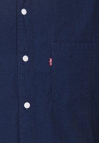 Levi's® - SUNSET 1 POCKET STANDARD - Skjorta - med indigo - 5