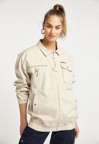 myMo - UTILITY - Light jacket - creme - 0