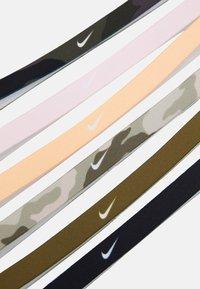 Nike Performance - PRINTED HEADBANDS 6 PACK - Autres accessoires - black/foam pink/orange chalk - 3