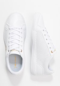 Lacoste - LEROND 120 - Joggesko - white/gold - 3