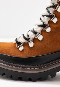 Madden Girl - JACK - Platform ankle boots - whiskey - 2