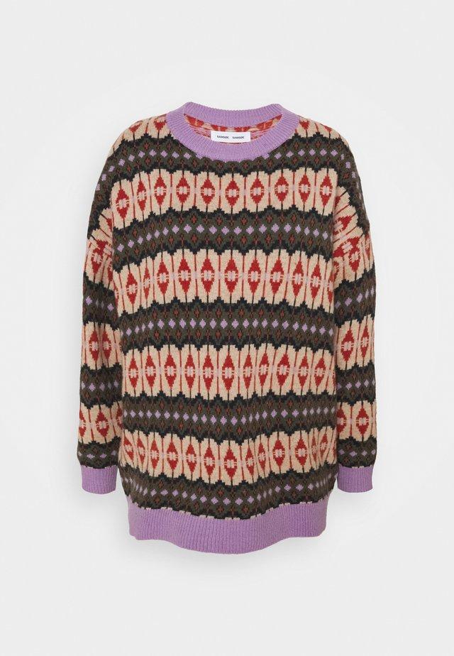 CONNIE CREW NECK - Stickad tröja - purple/jasper