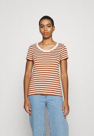 STRIPED SHIRT - Print T-shirt - caramel