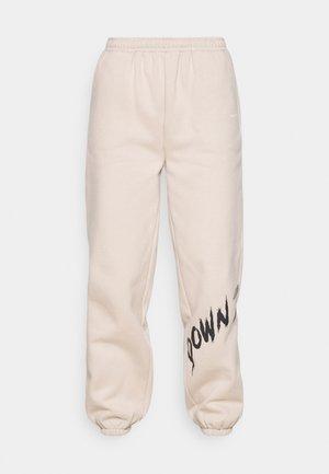 YOUTHCOLLAGEPANTS - Pantalon de survêtement - nude