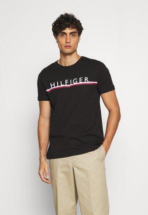 CORP STRIPE TEE - Camiseta estampada - black
