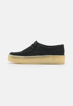 WALLABEE CUP - Casual lace-ups - black