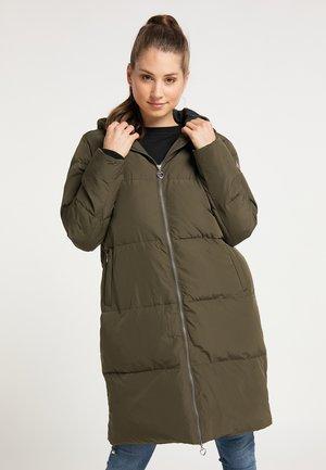 Płaszcz zimowy - militär oliv