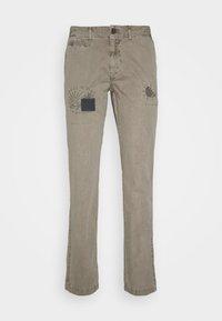 HKT by Hackett - PANELED TROUSERS - Chino kalhoty - moss - 4