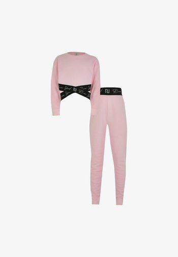 Tuta - pink