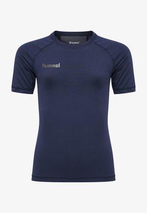 FIRST PERFORMANCE  - Print T-shirt - marine