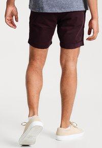 Pier One - Shorts - bordeaux - 2