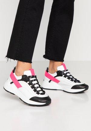 HIT - Trainers - schwarz/bianco/neon pink