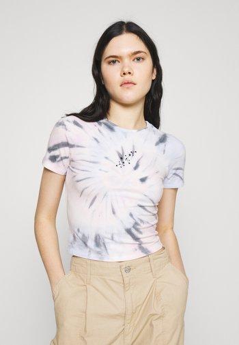 VINTAGE BABY TEE - Print T-shirt - spiral wash