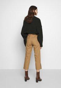Sisley - TROUSERS - Trousers - brown - 2