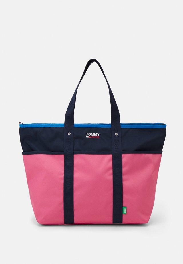 CAMPUS TOTE - Velká kabelka - pink