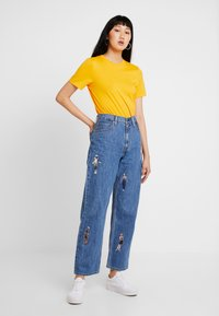 Levi's® - LEVI'S® X STRANGER THINGS DAD JEAN - Jeans Relaxed Fit - stranger things joe stoned - 1