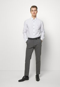 Tommy Hilfiger Tailored - DOT PRINT CLASSIC - Shirt - white - 1