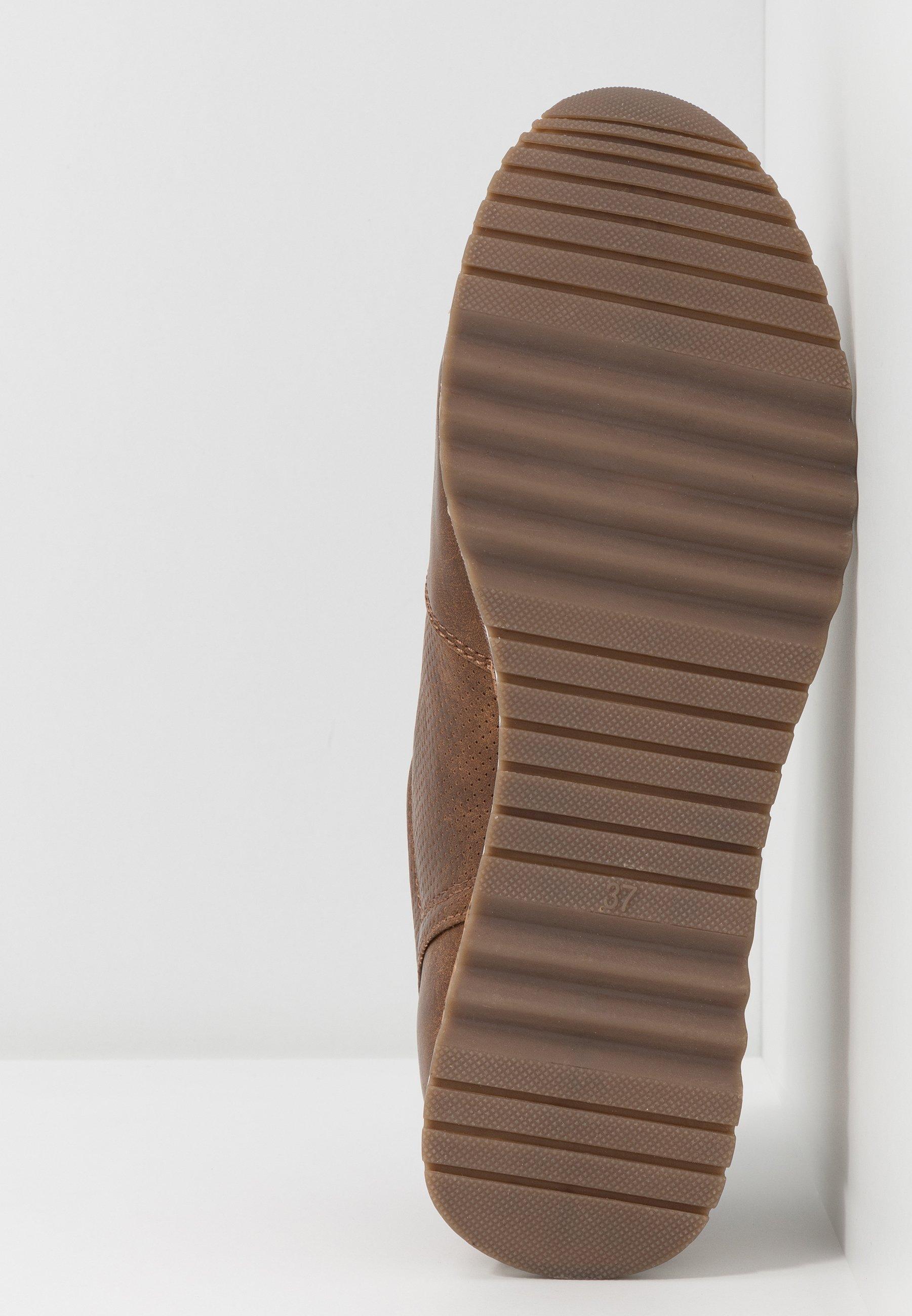 Marco Tozzi Sneaker low cognac/braun