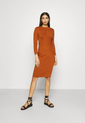 JDYKATE DRESS - Shift dress - leather brown