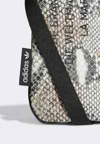 adidas Originals - Phone case - multicolour - 3
